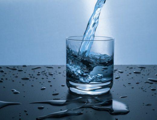 Cuál es la densidad del agua y cómo calcularla