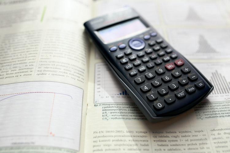 Energía cinética: los tipos, definición, fórmula y ejemplos