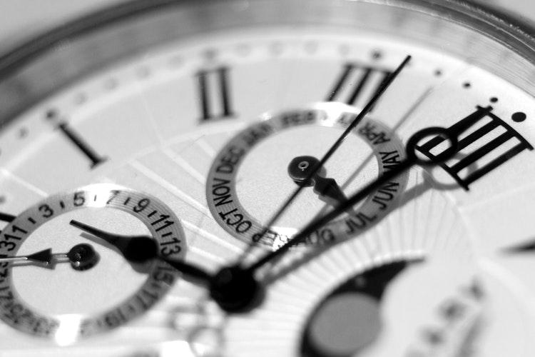 Reloj Atómico: ¿Qué es y cómo funciona?