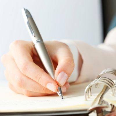 ¿Qué es y cómo escribir un microrrelato?