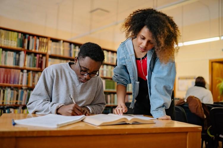 Diferencia Máster, postgrado, MBA